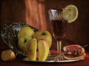 Вино с ябълки  лимон