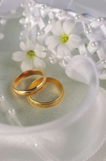 Завинаги преплетени брачни халки!