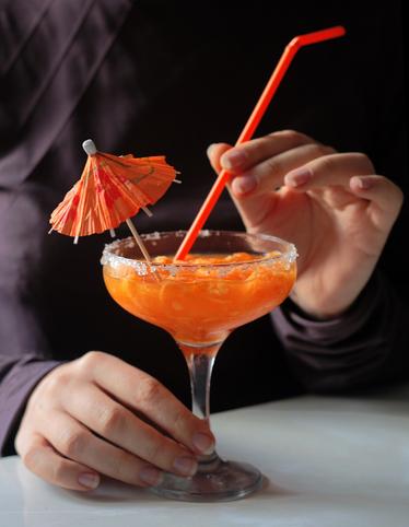 Наздравица с коктейл!